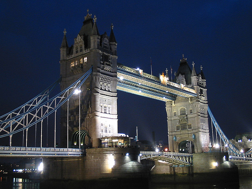 tower-bridge-night