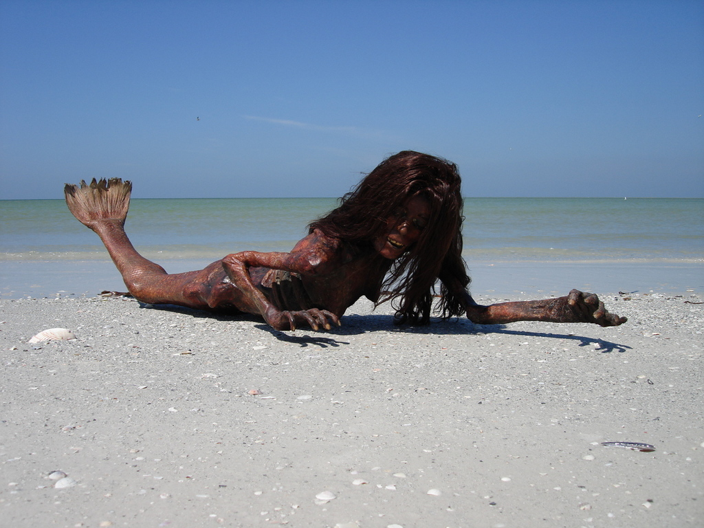 "Nerina the ""Pretty"" Mermaid Invaded the Beach! - Akademi Fantasia ..."