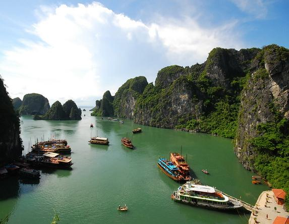 pretty-halong-bay-1