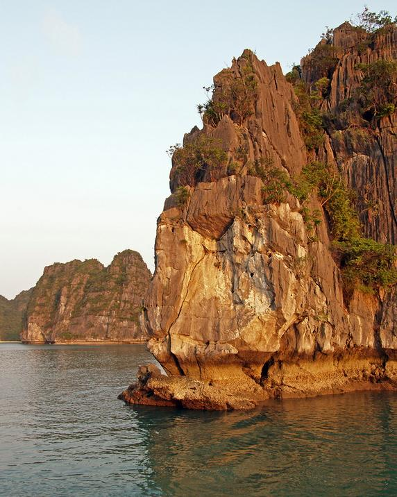pretty-halong-bay-3