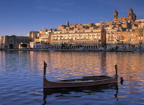 Learning English in Malta to Complement Your Future Trips